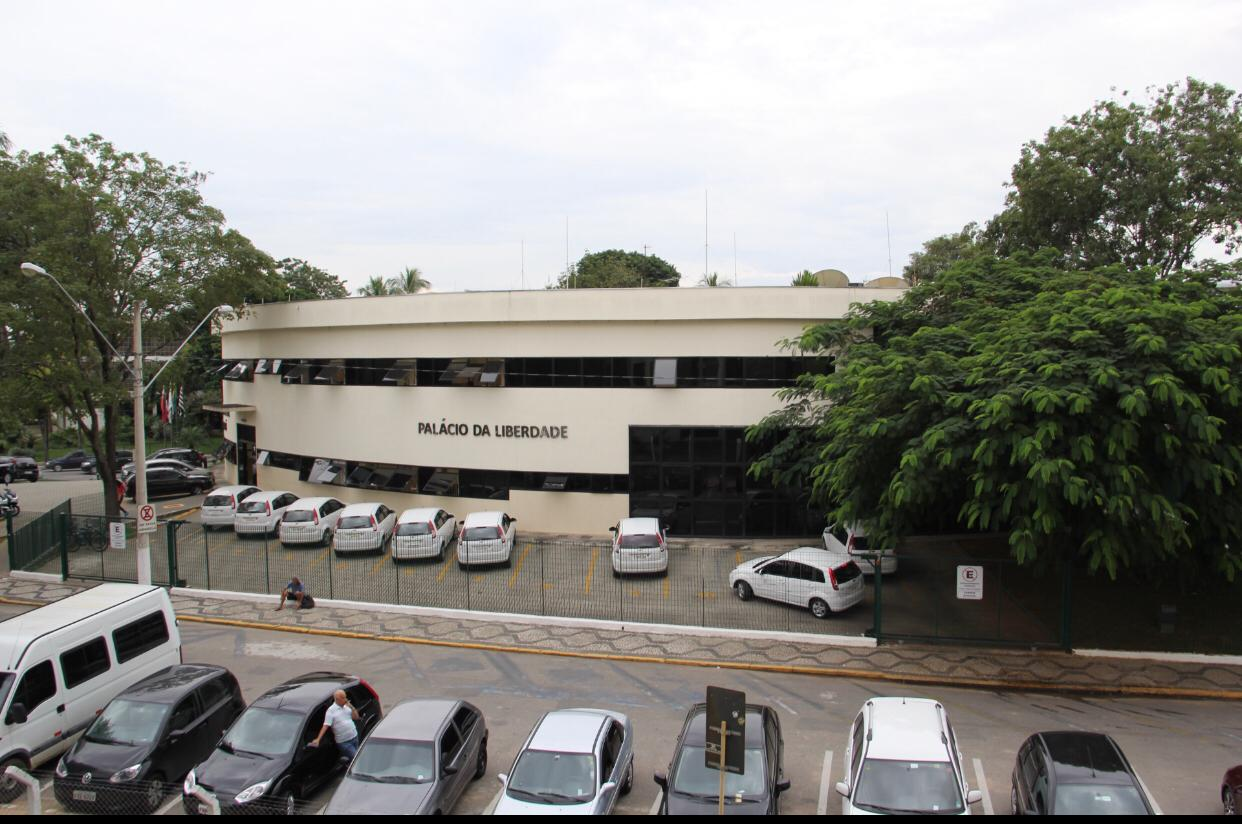 Câmara vota reforma administrativa da Prefeitura e outros dois projetos