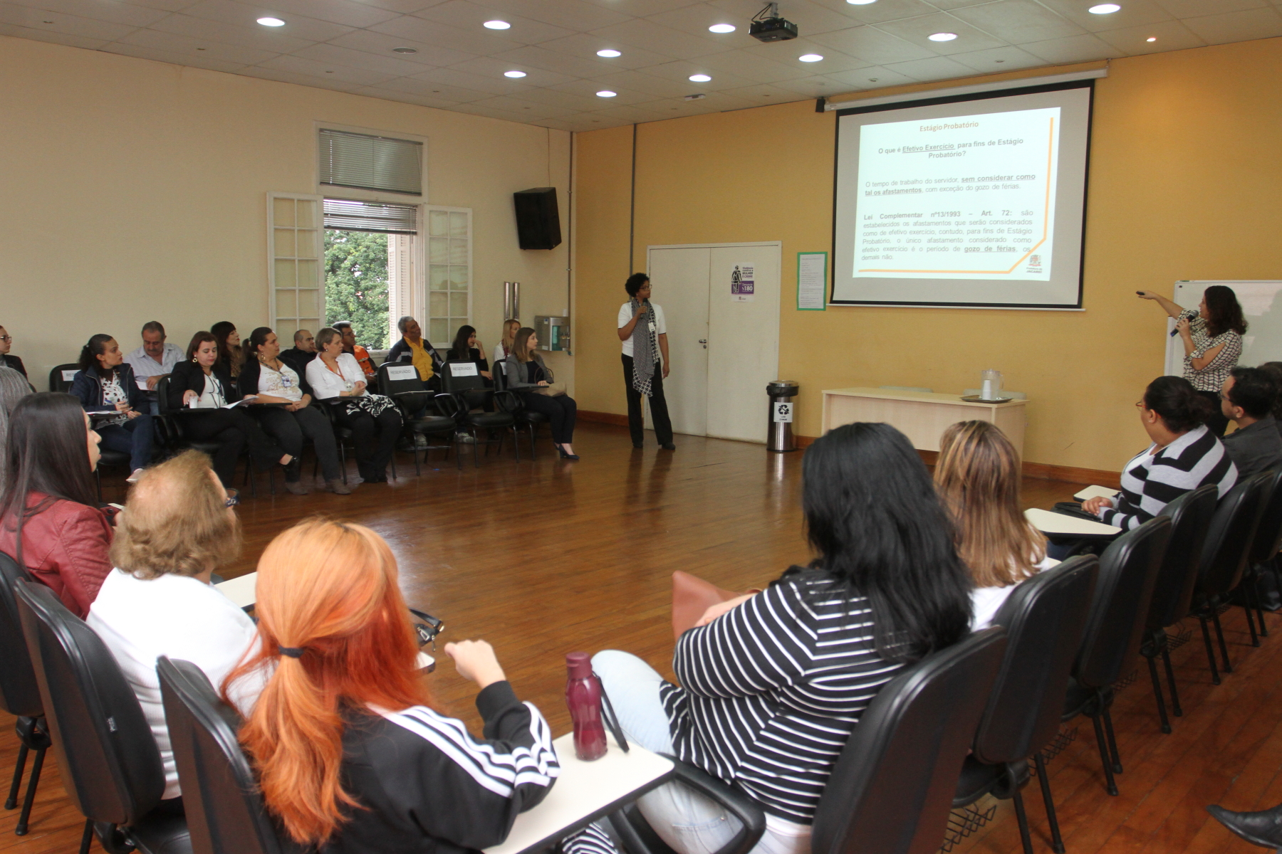 Livro sobre formação de agentes públicos traz experiência da Escola de Gestão de Jacareí