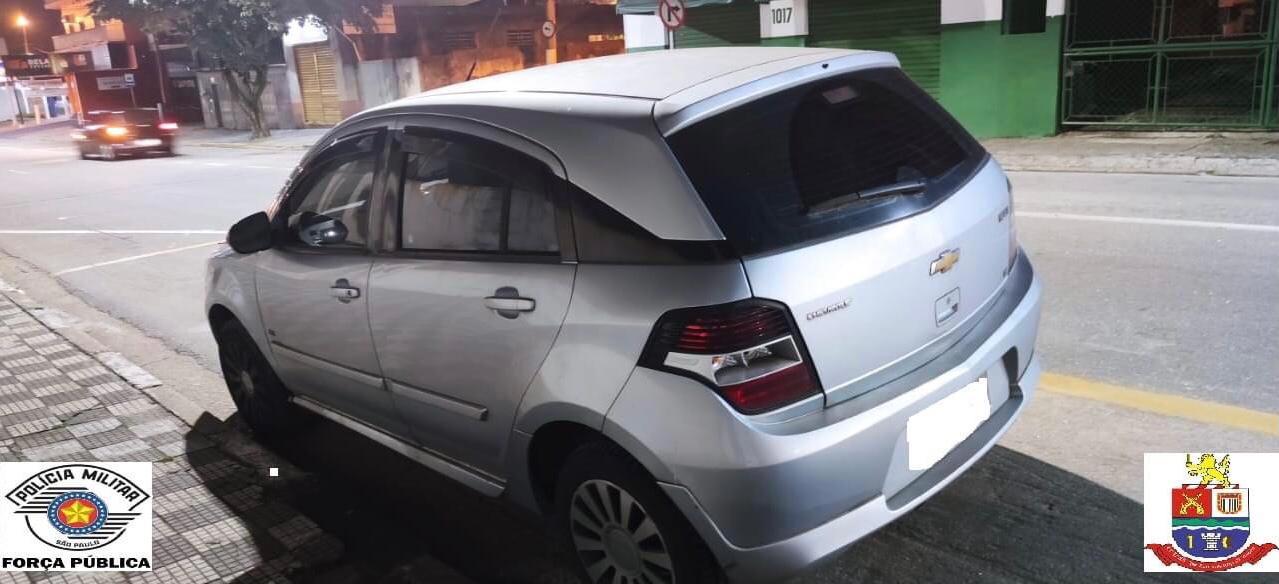 Homem é preso durante furto de veículo em Jacareí