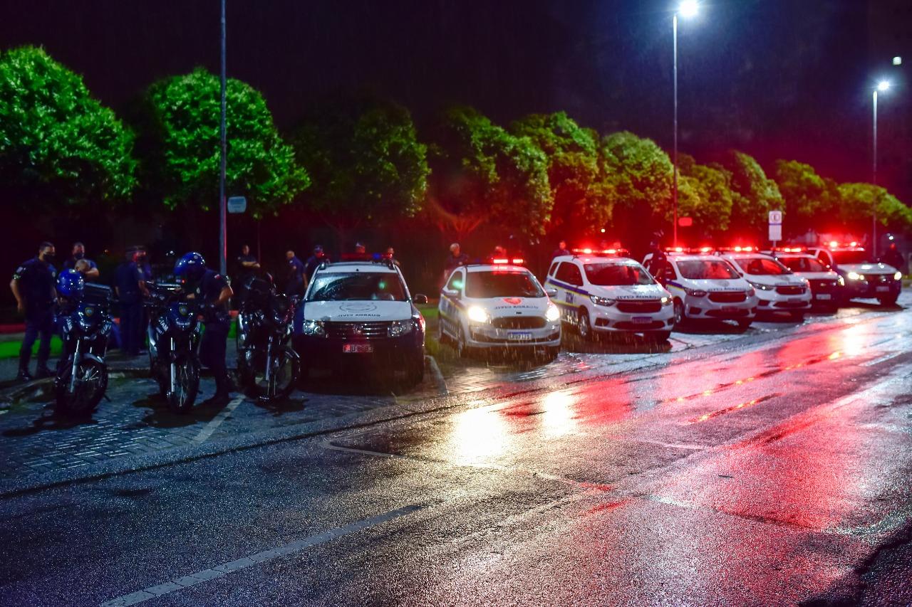 Operação interrompe festa com mais de 150 pessoas em Jacareí