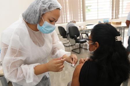 Vacinação de grávidas e puérperas com comorbidades acontece até quinta-feira em Jacareí