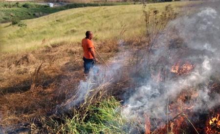Jacareí realiza treinamento de combate a incêndios para moradores da área rural