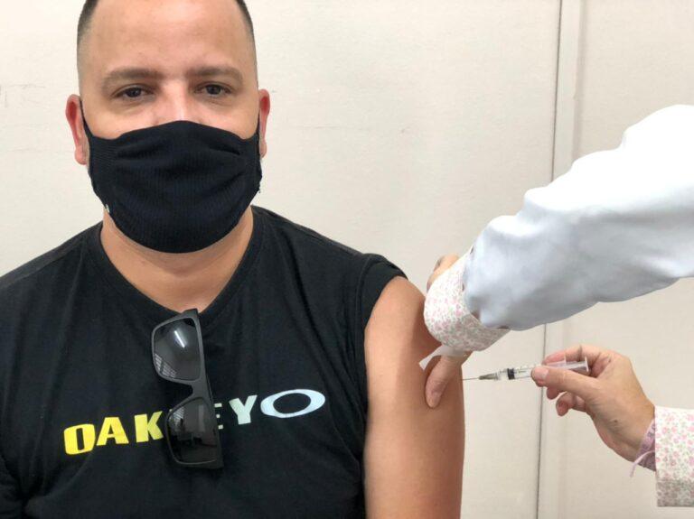 Jacareí abre cadastro para aplicação de primeira dose da vacina contra a Covid-19 para aqueles acima de 12 anos que ainda não se vacinaram