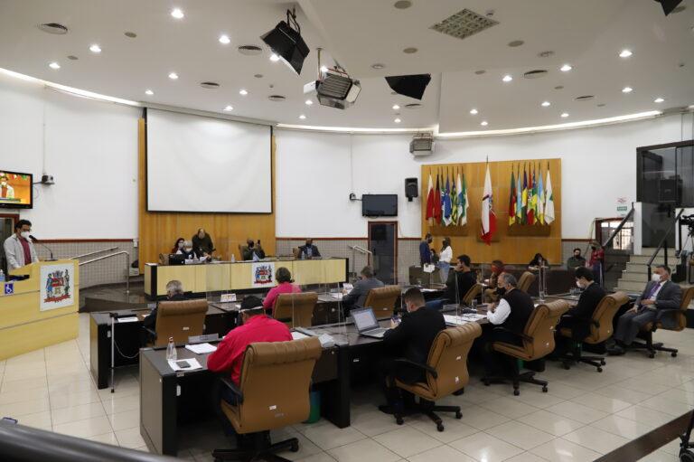 Câmara de Jacareí aprova primeira discussão de remanejo de  Emendas Impositivas e outros dois projetos