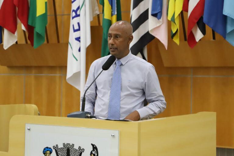 Presidente da Câmara cobra melhorias no Vila Garcia