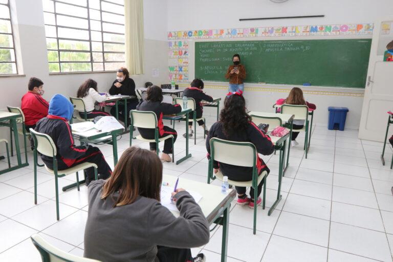 Educação de Jacareí realiza Semana da Alfabetização