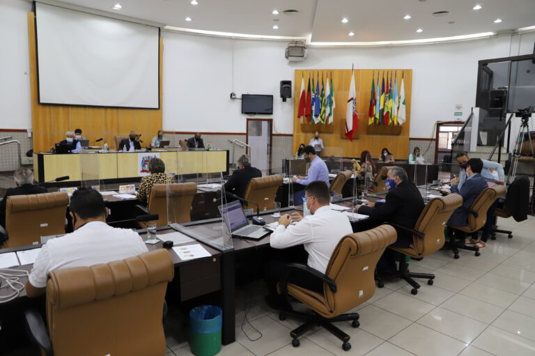 Vereadores aprovam segunda discussão do remanejo de Emendas Impositivas do Orçamento de 2021